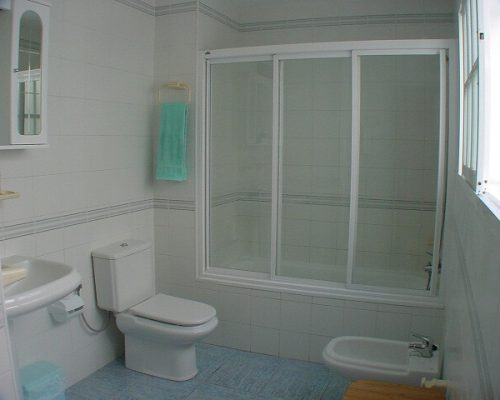 One of the best designed bathrooms Weymouth has seen.